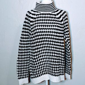 Loft Bulky Black and White Sweater - NWT